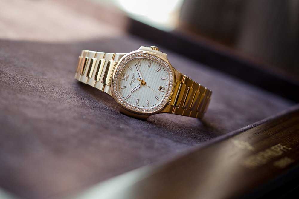 7bb3af449c4 Patek Philippe replica Ladies Nautilus Series Available In Rose Gold  Diamond-Studded Replica Watches