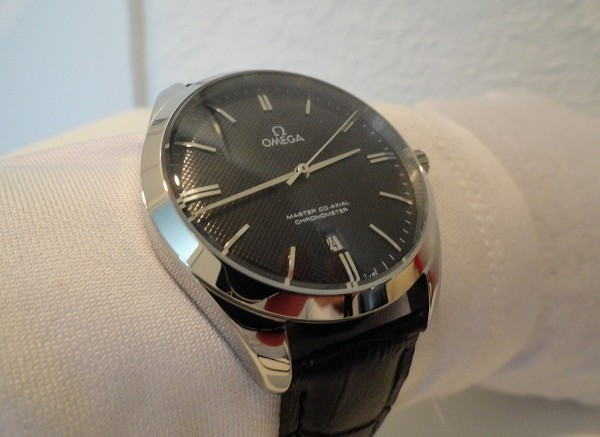 A Elegant Timepiece Of Omega Master Mens Replica Watch
