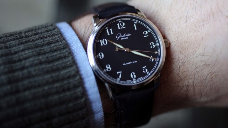 Reviewing The Traditional Glashutte Original The Senator Excellence Replica Watch